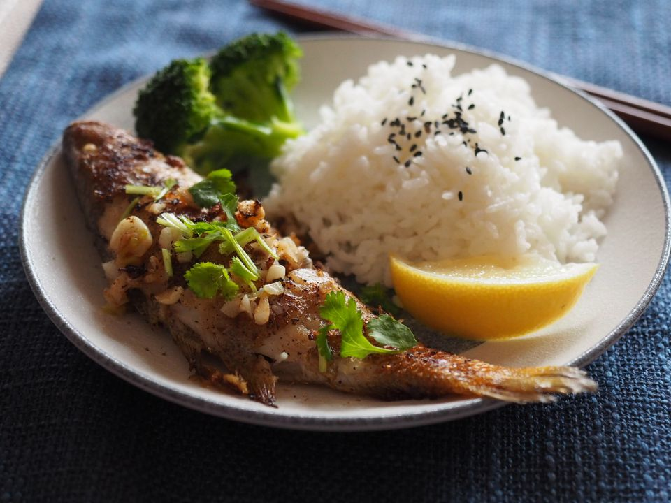 Grilled fish and rice