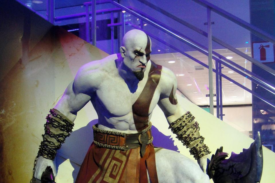 E3 Expo 2012 - Sony booth PS3 God of War Ascension Kratos