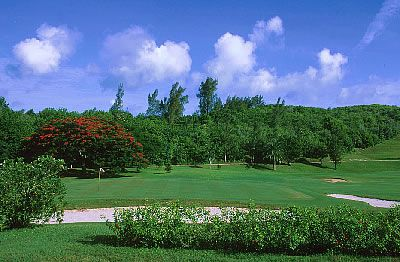 Photo of One of Bermuda's Fine Golf Courses