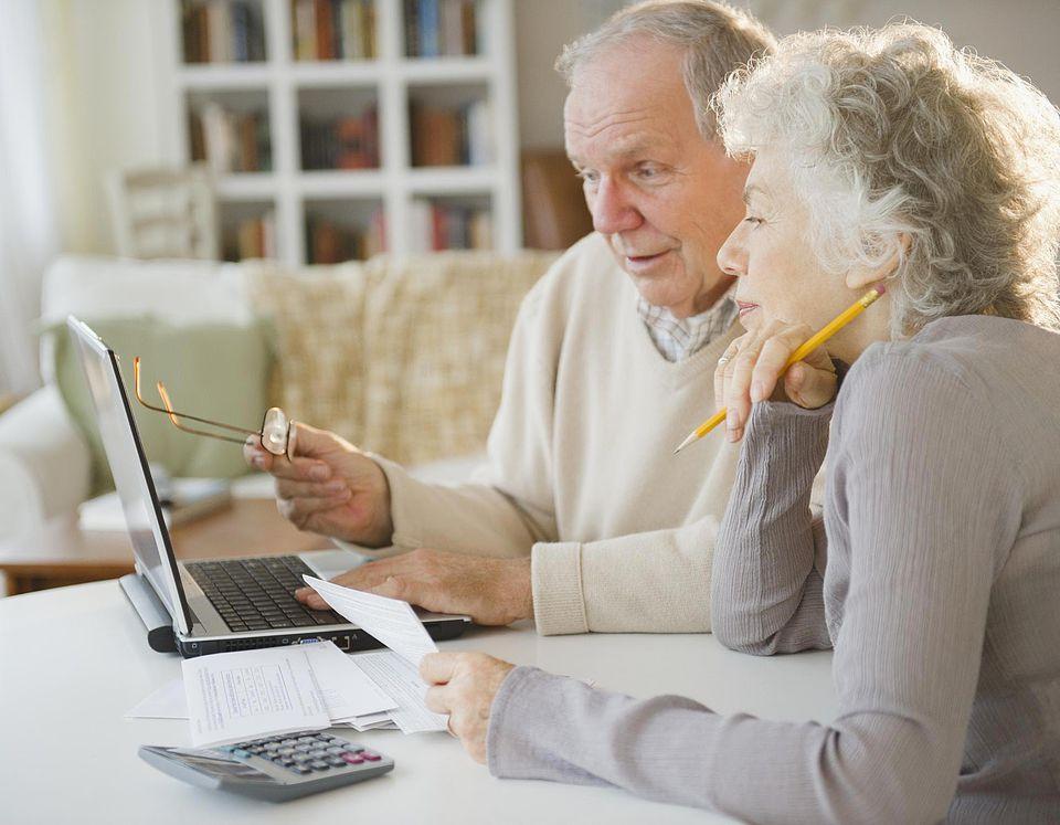 Senior Couple shopping online