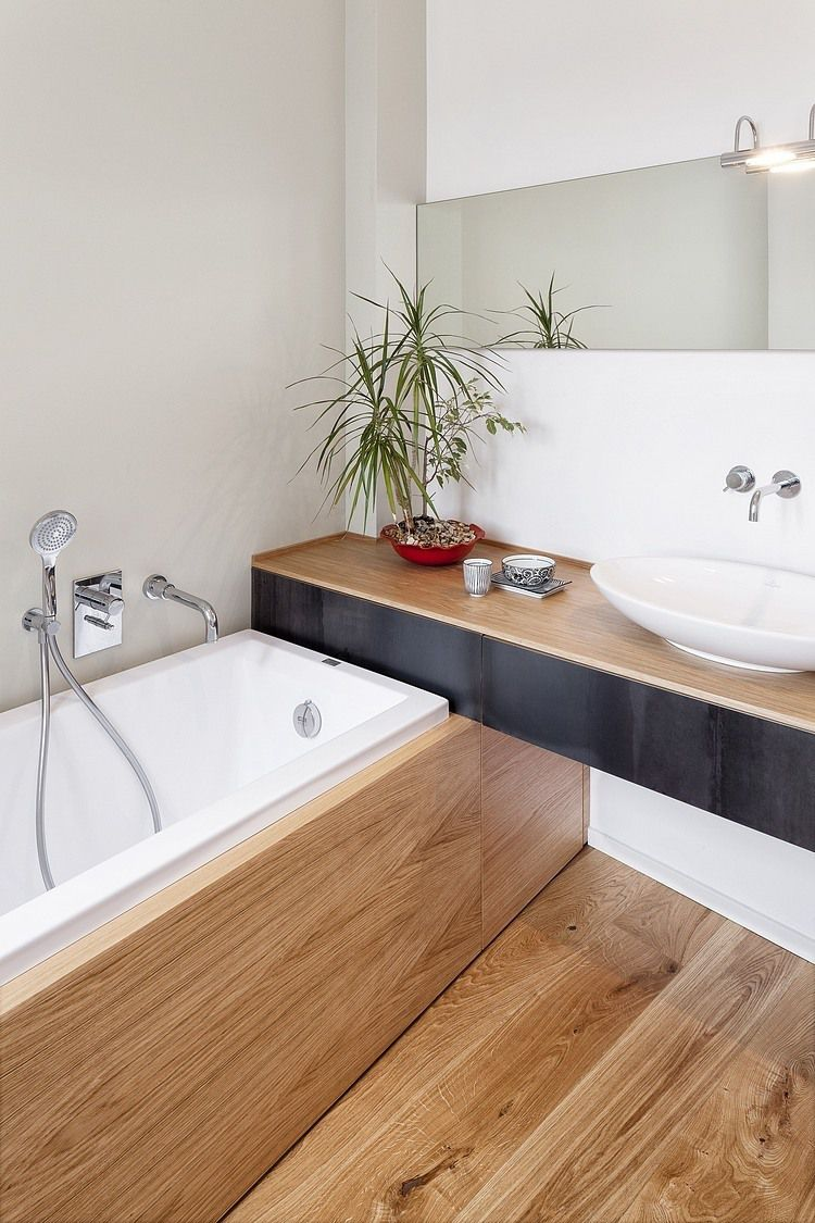 10 bathrooms nailing the natural wood trend for Bathroom 4 x 7