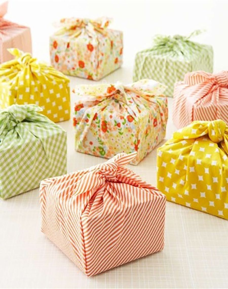Help with paper wrapping presents
