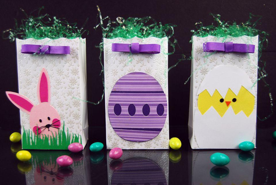 Easter treat bag paper crafts