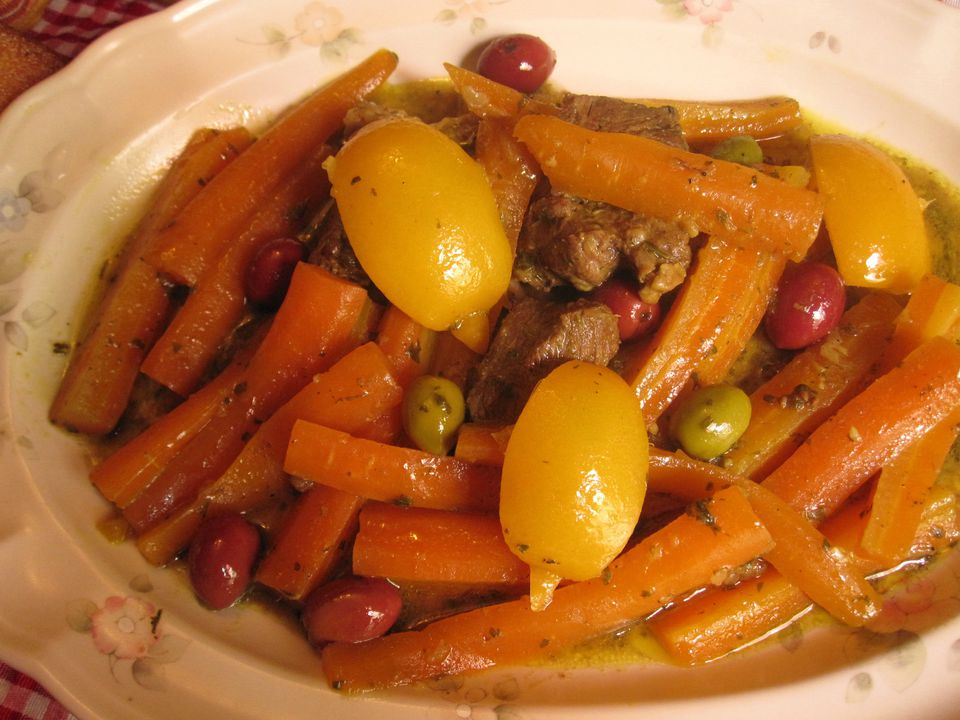 Beef-or-Lamb-with-Carrots-4000-x-3000.jpg