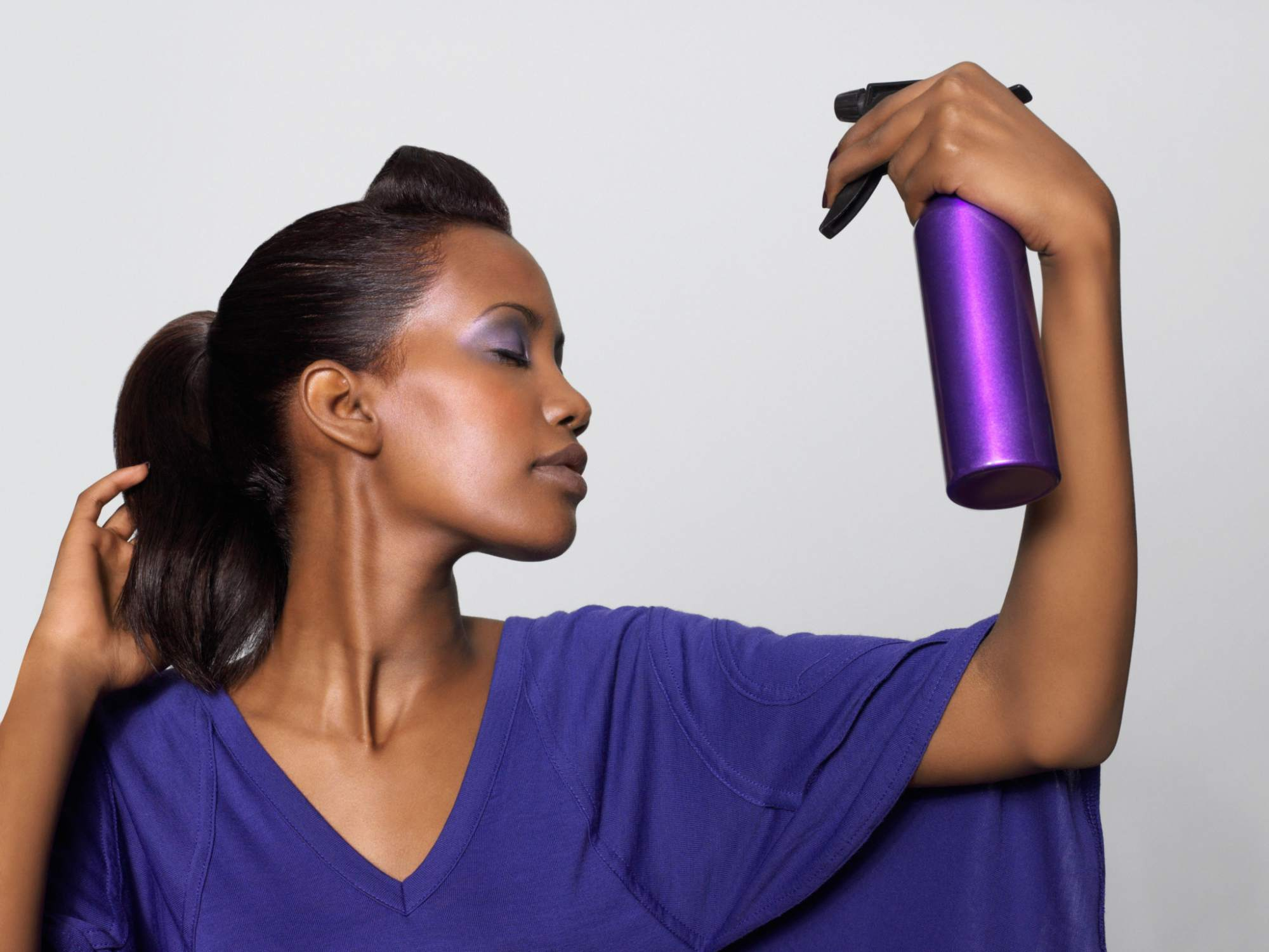 Ways To Moisturize Your Hair Under A Weave