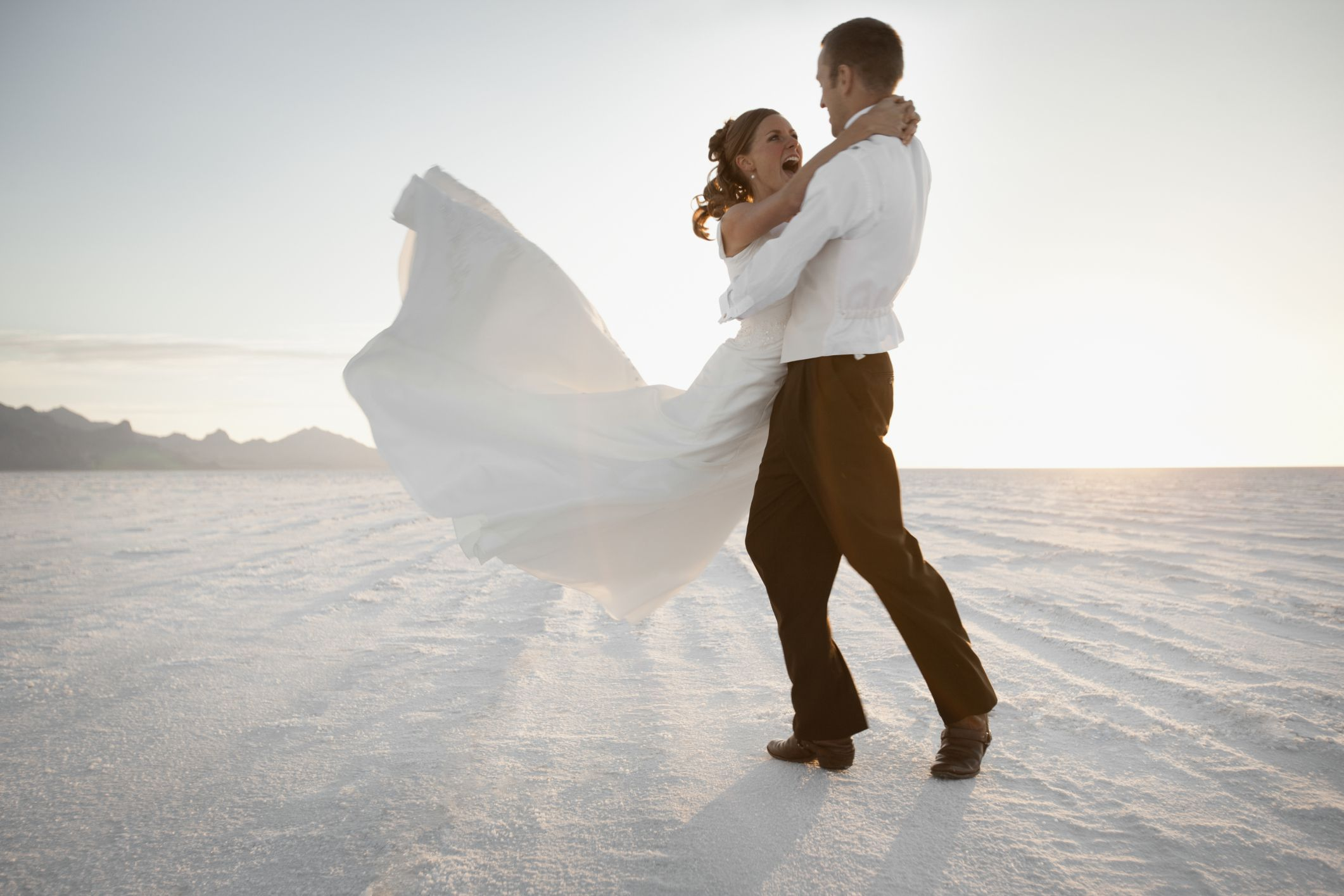 How to pick a wedding date in Brisbane