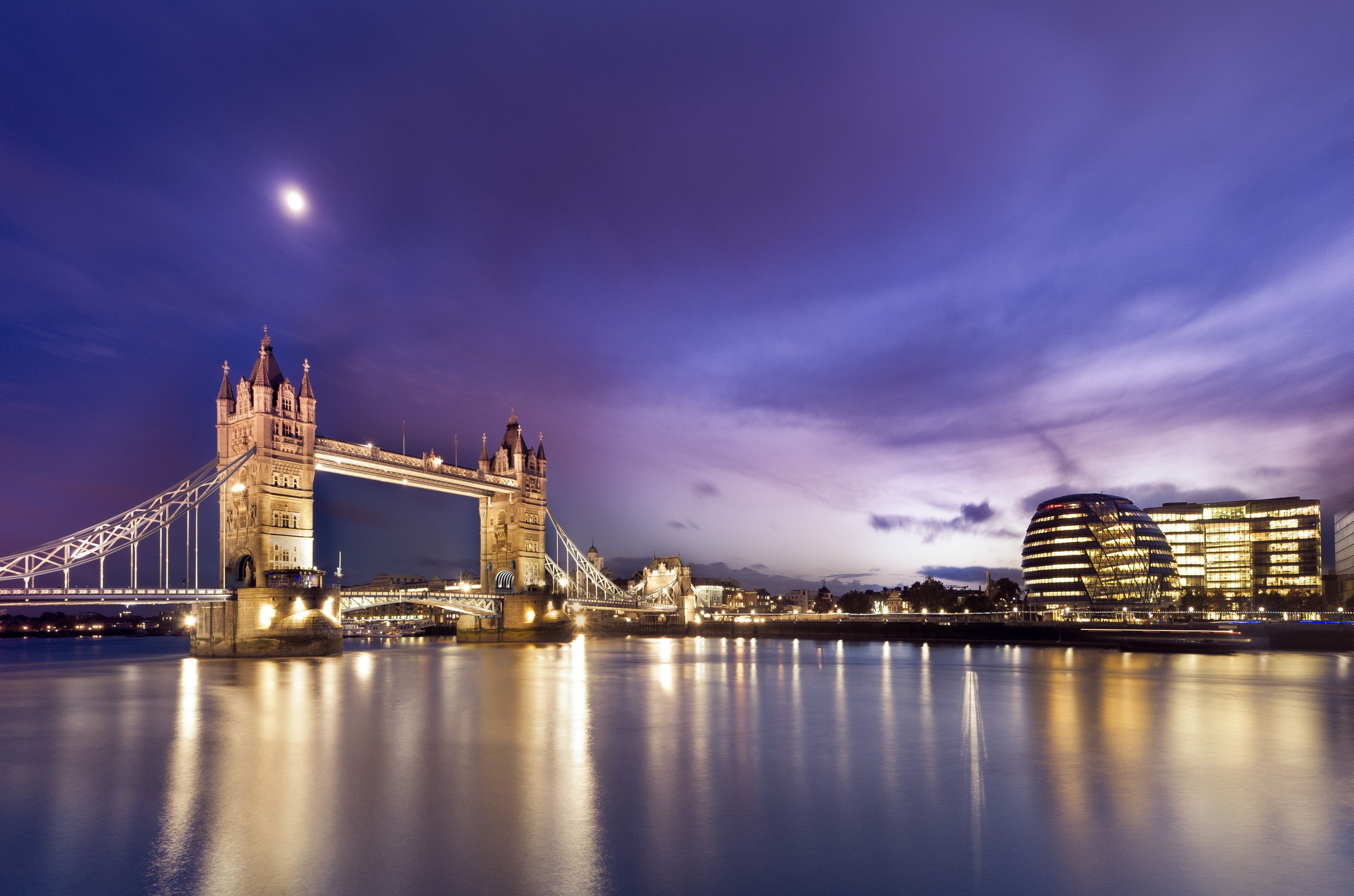 The Bateaux London Thames Dinner Cruise