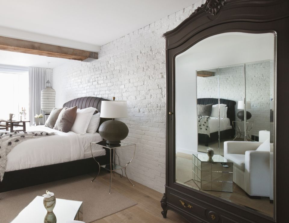 what a mirror facing the bed means in feng shui - Mirror Bed Frame