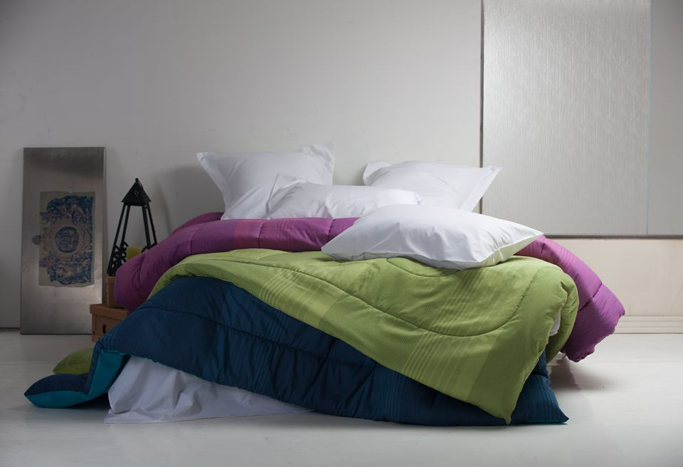 Quilt, Comforter, Duvet or Bedspread: What's the Difference? : quilt vs comforter vs duvet - Adamdwight.com