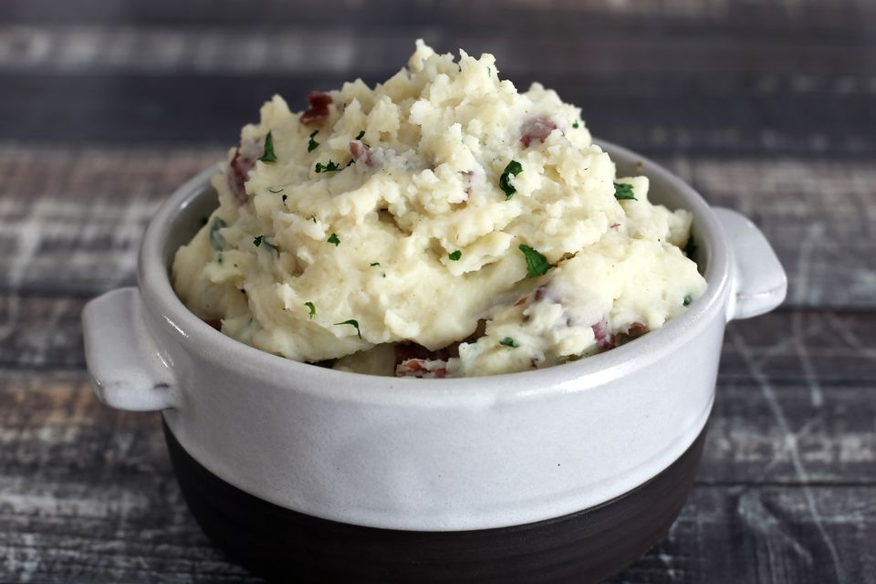 Instant pot mashed potatoes (pressure cooker mashed potatoes)