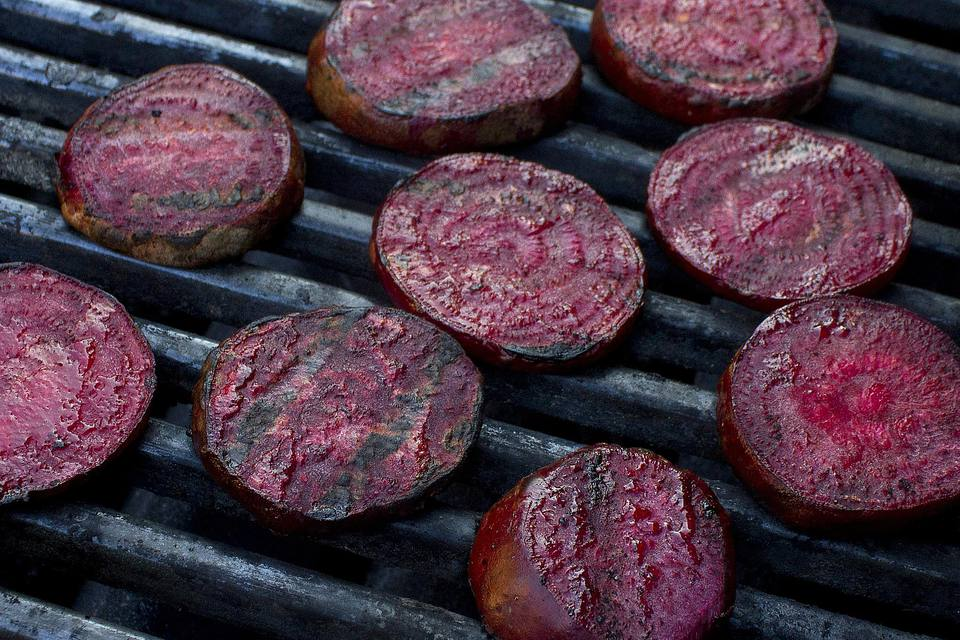 Grilled bbq beets