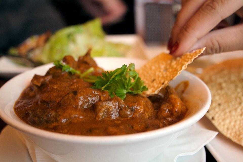 Rogan josh indian lamb dish recipe gahdjunwikimedia commons forumfinder Image collections