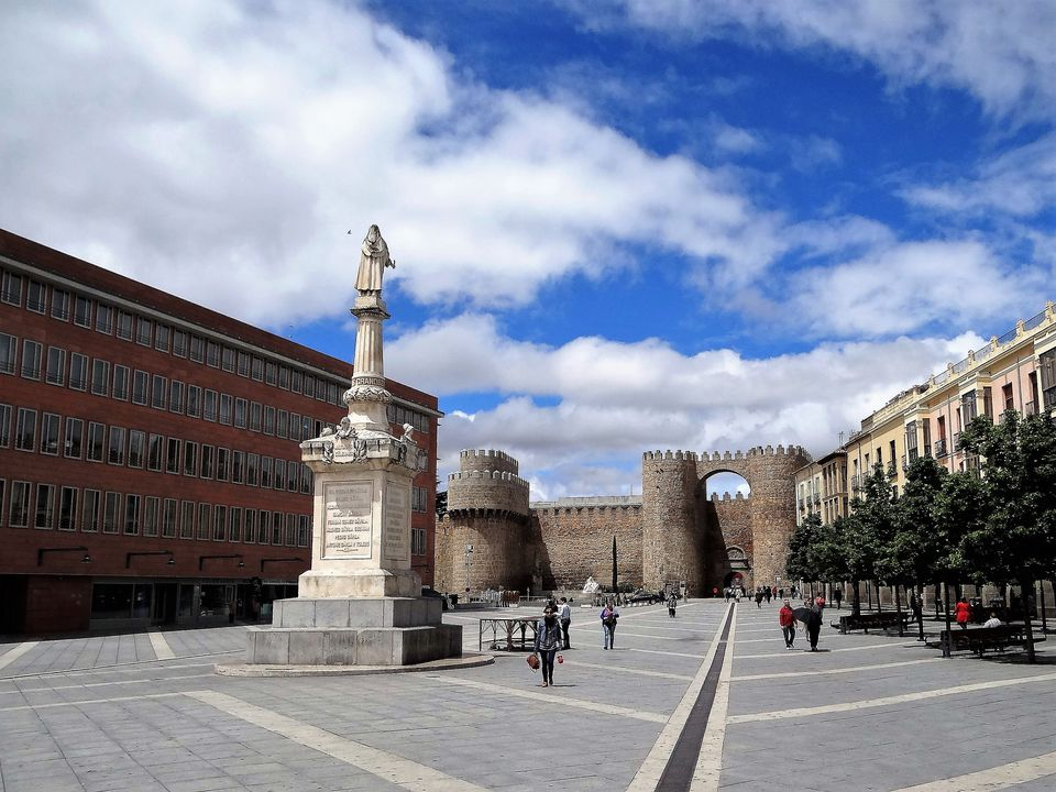 Avila in the center with city wall