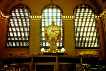 how to get from montreal airport to grand central station