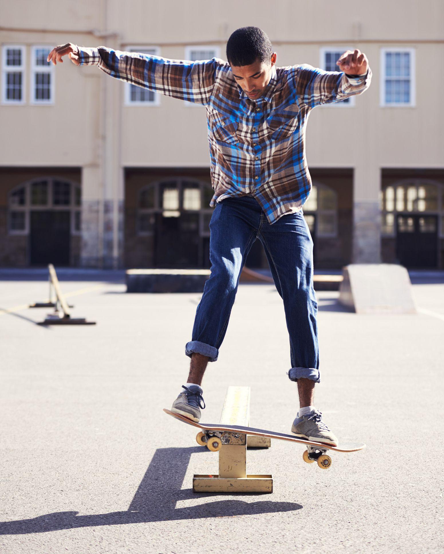 How To Build A Skateboard Grind Rail