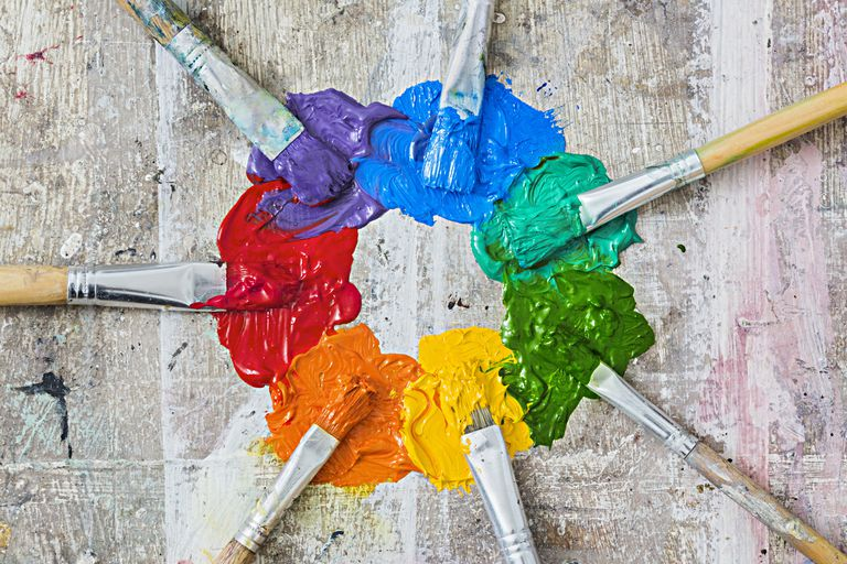 Tips para mezclar pinturas for Pintura pared color vison