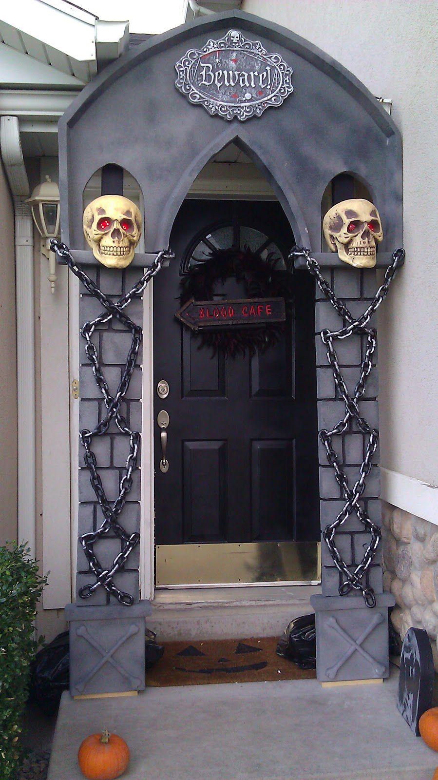DIY Spooky Archway