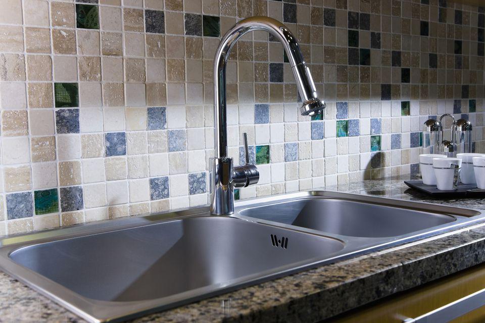 Kitchen Tile Behind Sink 140668619