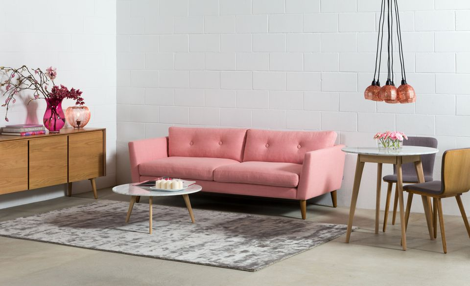 Ways Mid-Century Modern Furniture Can Liven Up Your Modern Decor