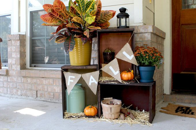 Affordable front porch decor ideas for fall