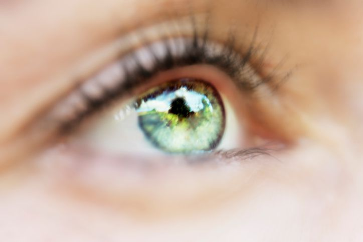 Can you change your eye color by changing your diet?