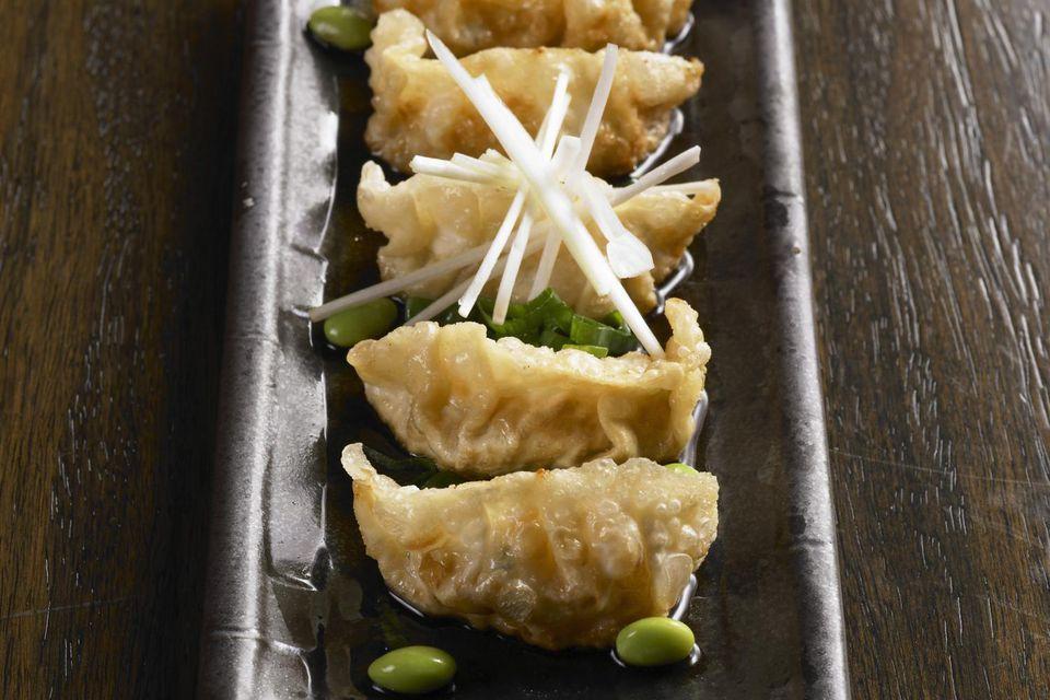 Jiaozi (fried chinese dumpling)