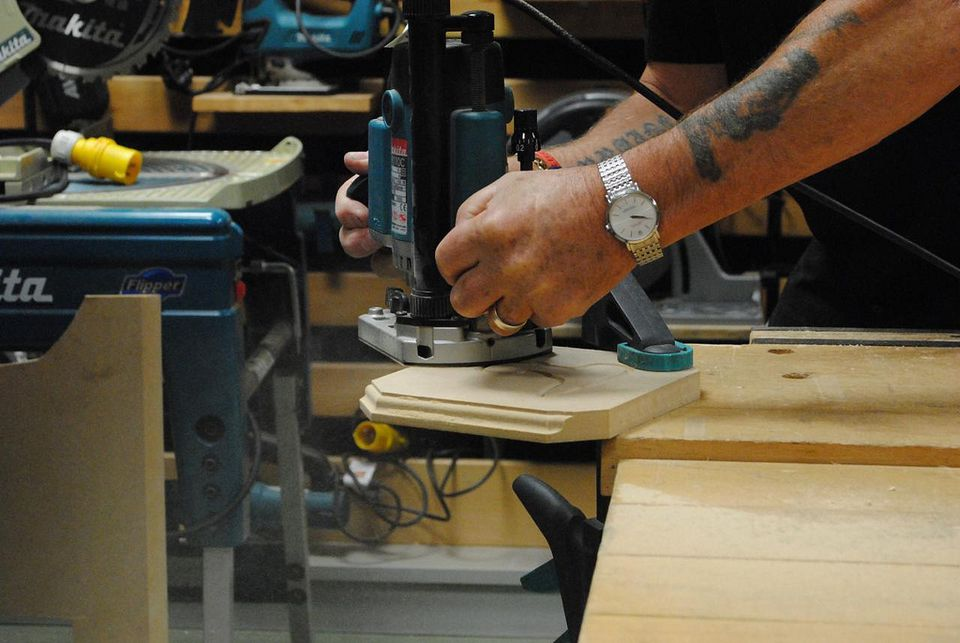 Stationary Base Router