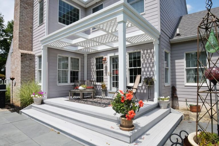 Free Deck With Pergola Plan from Home Stratosphere