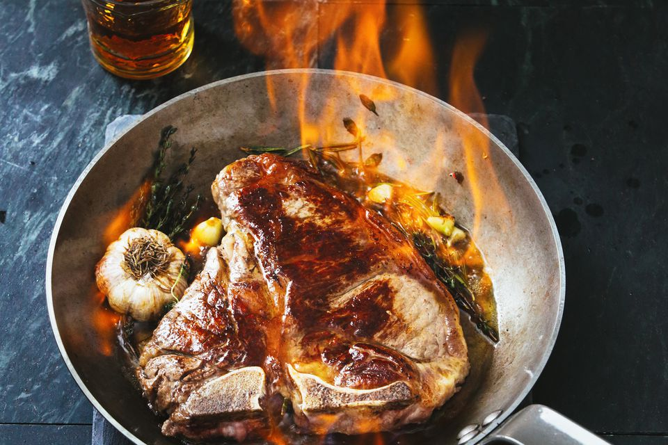 T-bone steak rum flambe
