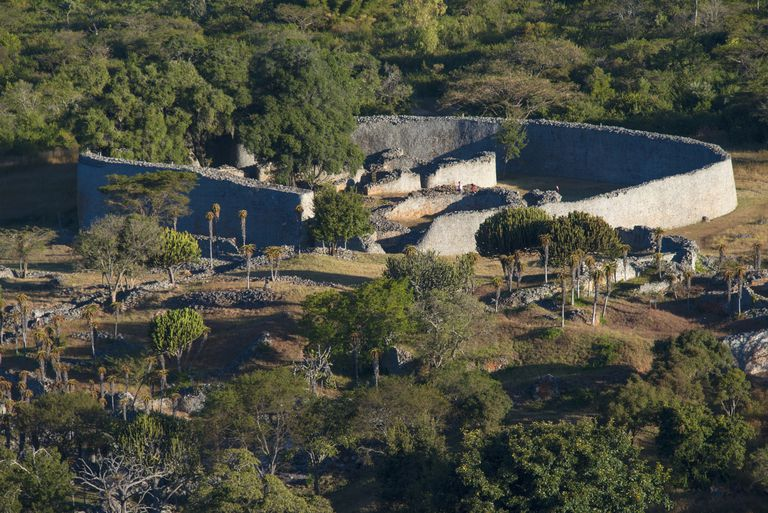 Great zimbabwe african iron age capital in zimbabwe sciox Image collections