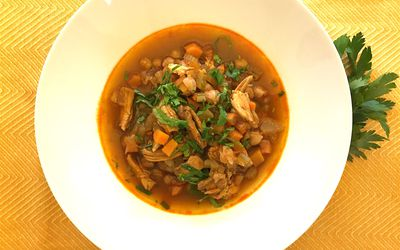 Watch Chicken and Quinoa Stuffed Kabocha Squash Bowls video