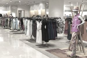 What are Company Mission Statements of Largest Apparel Retail Stores?