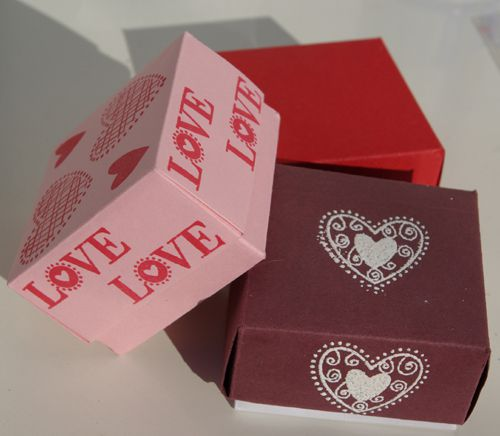 Make Folded Paper Boxes