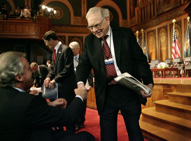 Warren Buffett and Jeffrey Immelt at Georgetown University