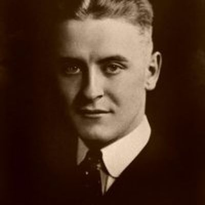 how does f scott fitzgerald portray F scott fitzgerald compared: winter dreams vs the great gatsby the great gatsby and winter dreams are two pieces of writing by f scott fitzgerald they both share similar themes, and it could even be argued that the great gatsby is.