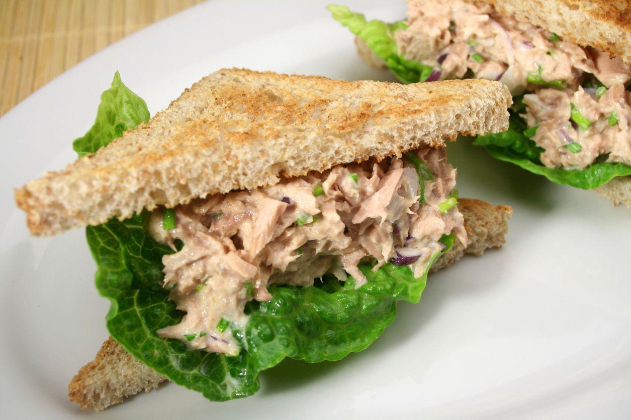 Luncheon tuna salad recipe for Tuna fish recipes