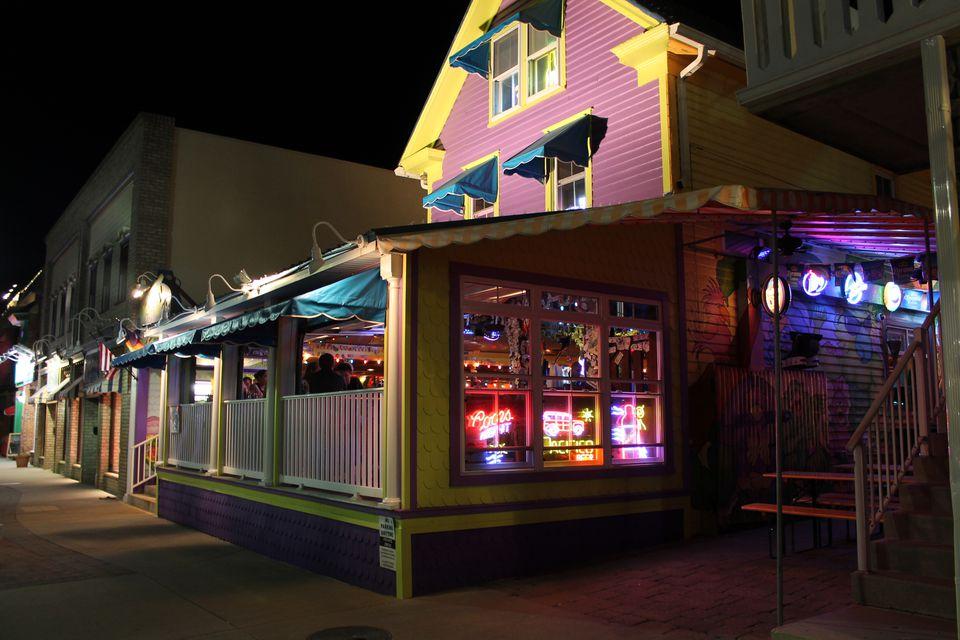 beach Gay de in rehoboth bars