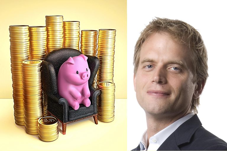 Peter Leeds with Money Pig
