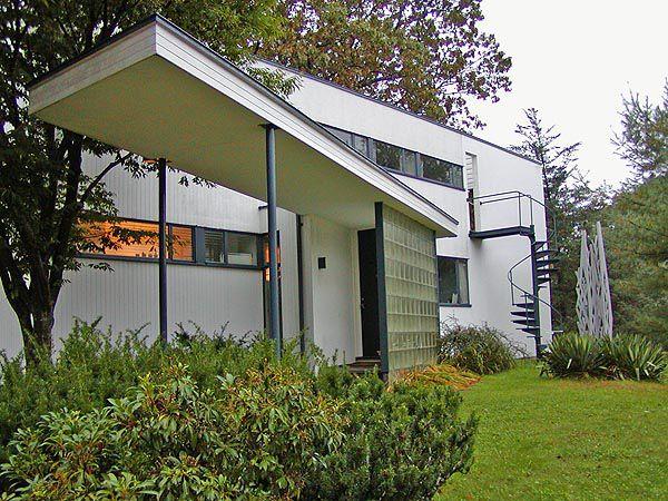 Gropius House photos of the walter gropius house in lincoln massachusetts