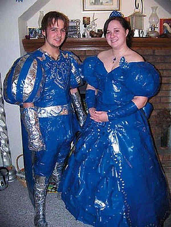 embarrassing-prom-photos-medeival.jpg