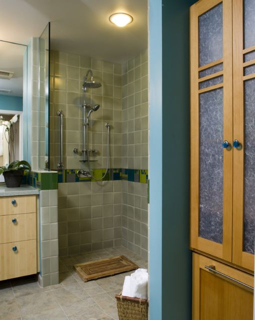 19 Gorgeous Showers Without Doors