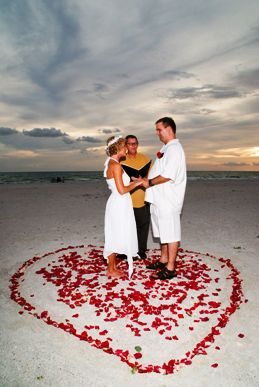 Florida_Gulf_Beach_Wedding_Officiant_Les.JPG