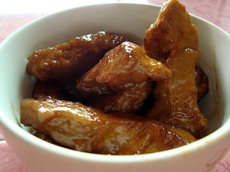 Vegetarian seitan hot wings