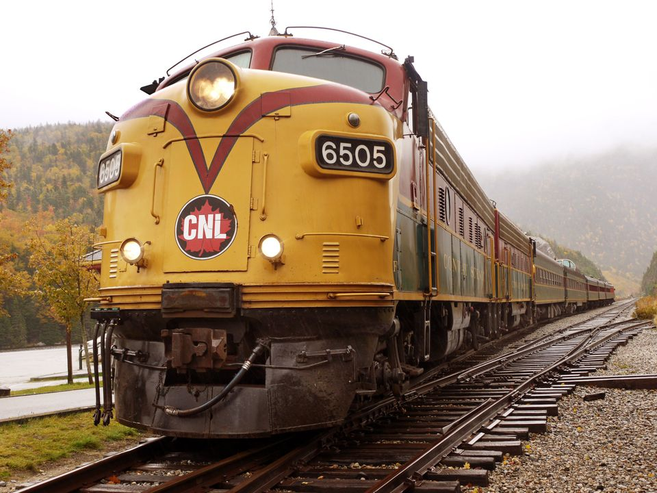 Fall Foliage Train - Conway Scenic Railroad NH