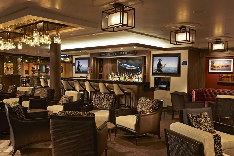 Norwegian Getaway Cruise Ship Lounges