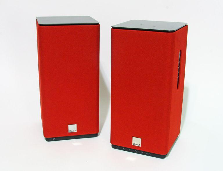 The Dali Kubik Free wireless Bluetooth speaker in red