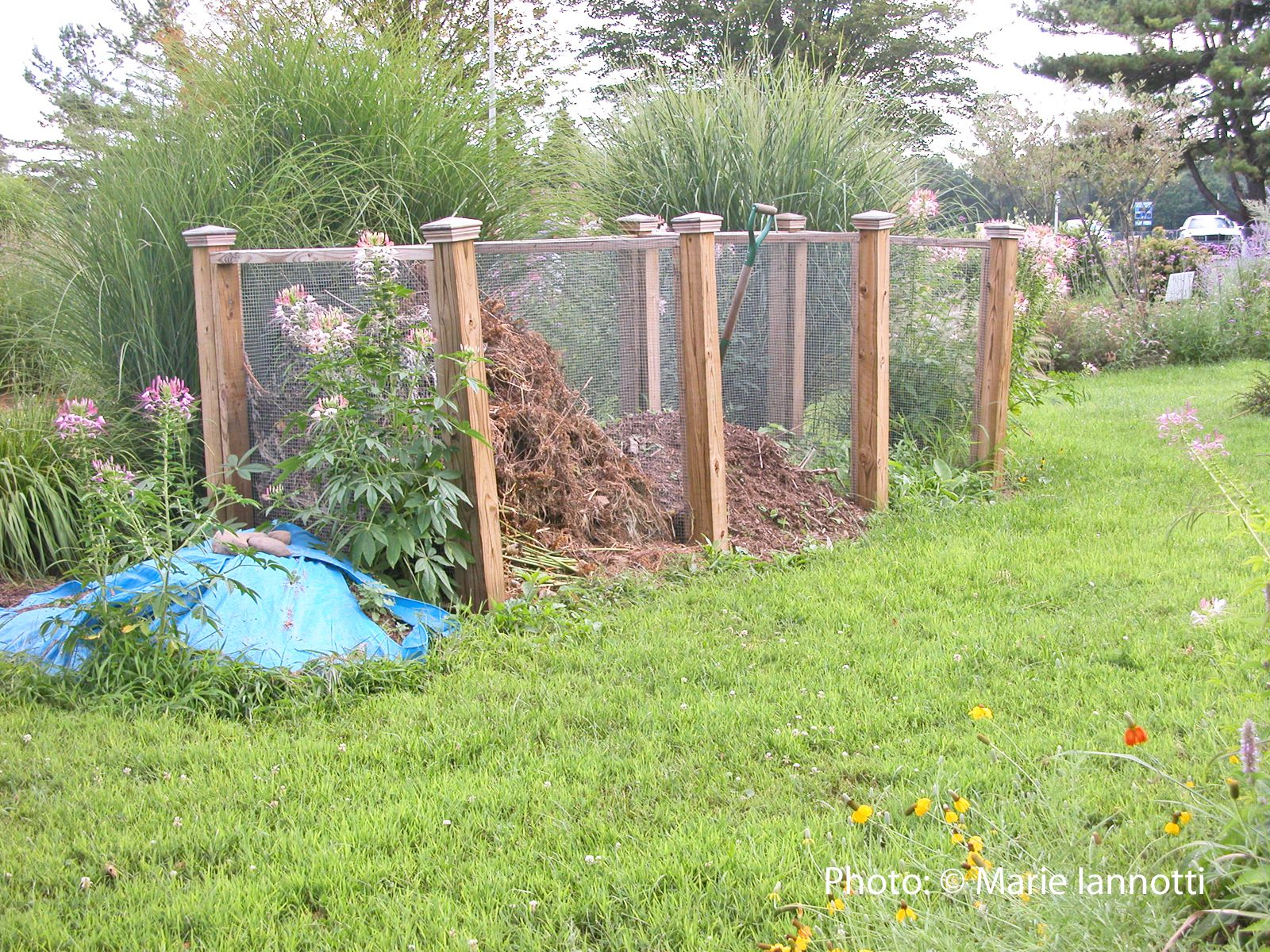 diy make a compost bin using plastic storage container