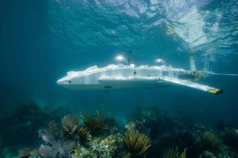 2 man submarine underwater