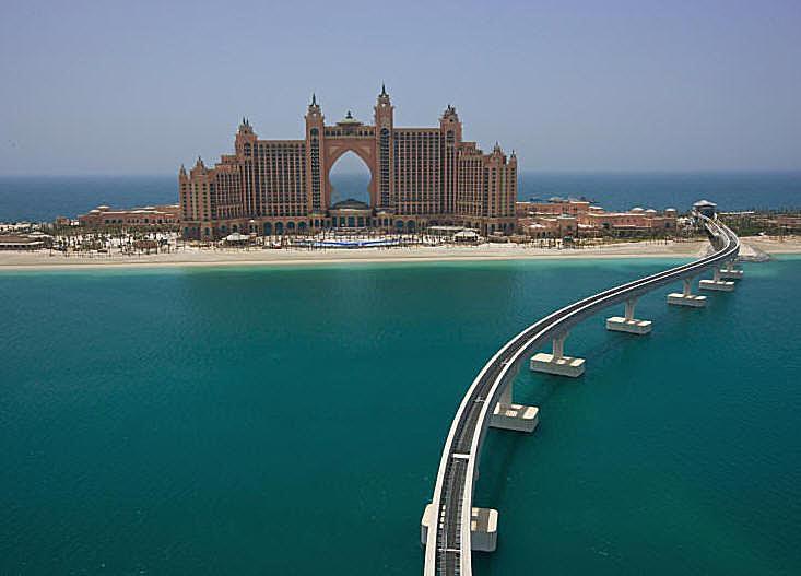 Atlantis Dubai photo - Royal Towers. Photo courtesy of Kerzner International Holdings Ltd.