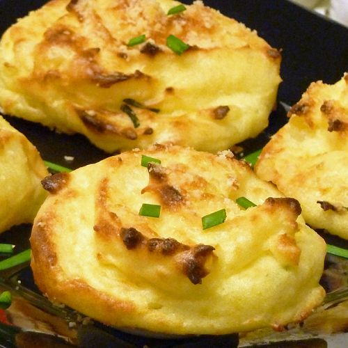Onion Cheese Mashed Potato Puffs Recipe
